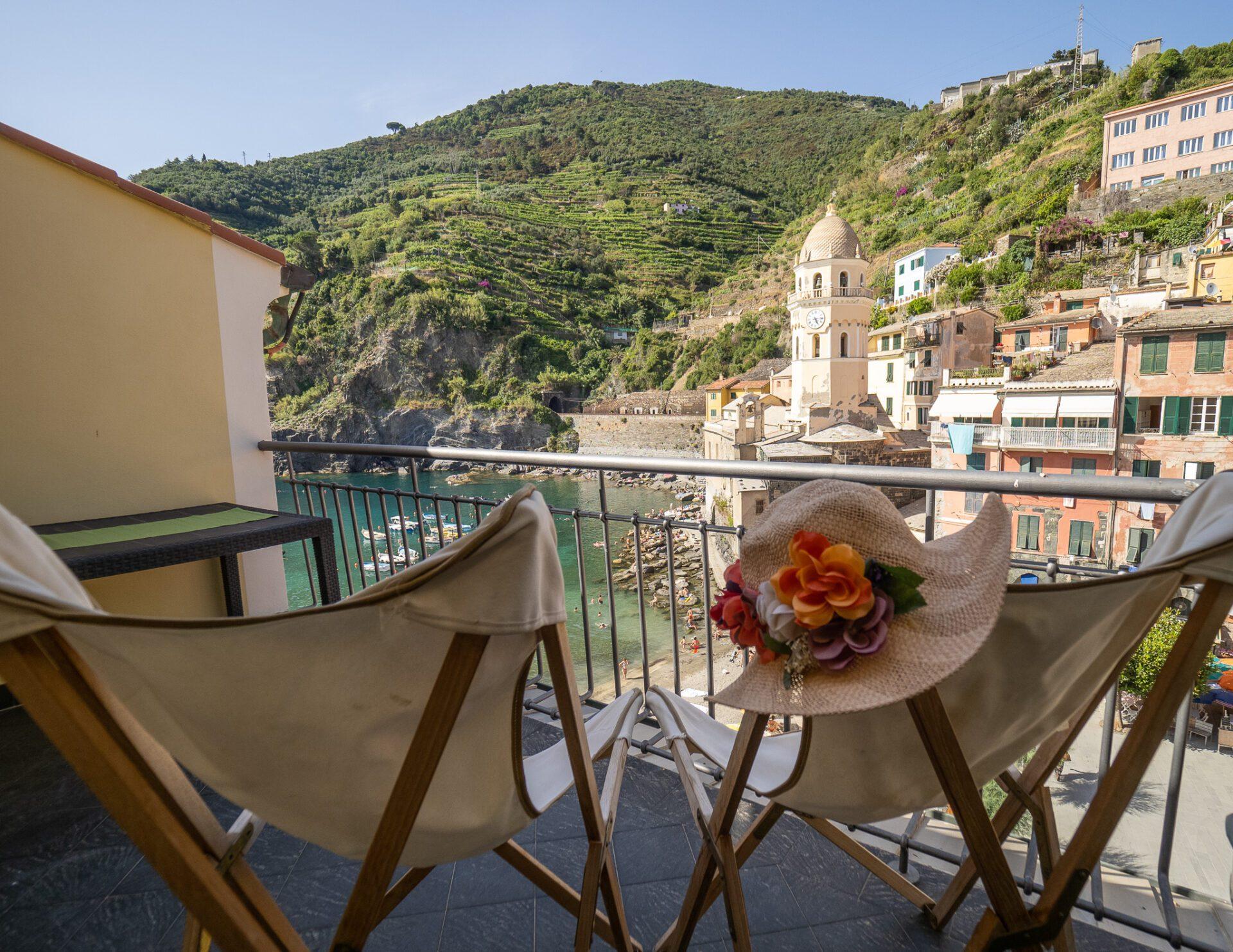 Lassù Apartment with terrace