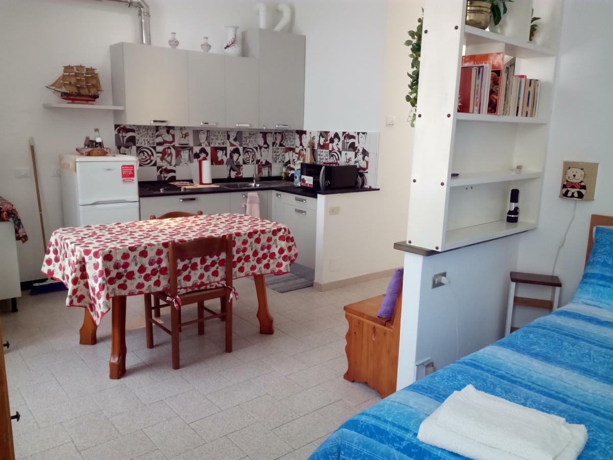 Nonna Rosetta Traditional Studio